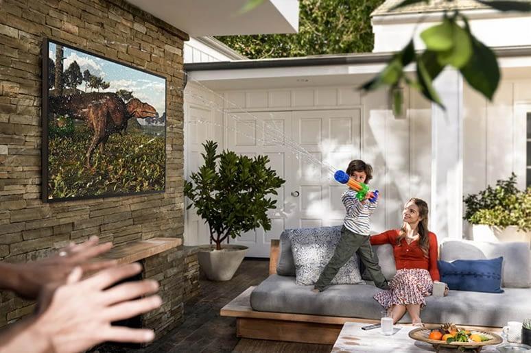 Samsung Terrace TV Garden